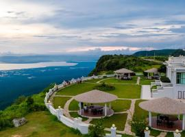 Le Bokor Palace, hotel in Kampot