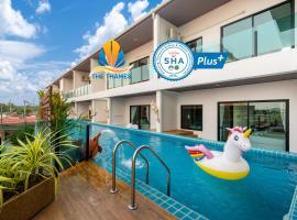 The Thames Pool Access Resort & Villa - SHA Plus, hotel near Home Pro Village - Phuket, Chalong