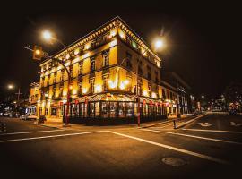 Swans Brewery, Pub & Hotel, hotel in Victoria