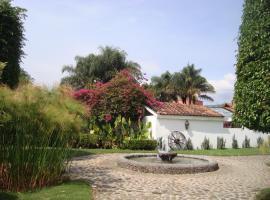 LAS CÚPULAS HOTEL & RESTAURANTE, hotel en Malinalco