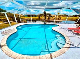 Riverview House with Pool ID99492, Ferienunterkunft in Cape Coral