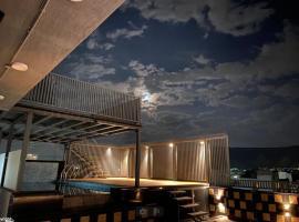 KA 10 SQUARE HOTEL, hotel near Birla Mandir Temple, Jaipur, Jaipur