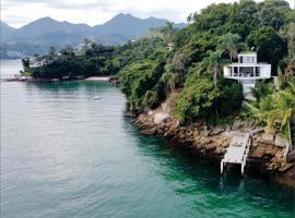 Astangra Residence, hotel near Biscaia Beach, Angra dos Reis