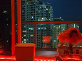 Luxury brickell condo ocean and pool view, luxury hotel in Miami
