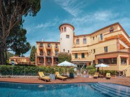 Ermitage de l'Oasis - Cannes Mandelieu, hotel near Old Course Golf Club, Mandelieu-la-Napoule