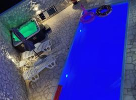 Apartments Adriana, appartamento a Bilice (Bilizze)