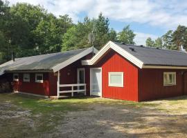 Three-Bedroom Holiday home in Nexø 11, vacation home in Vester Sømarken