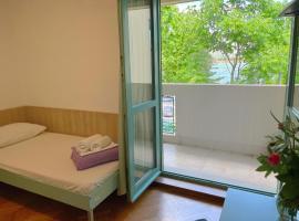 Hostel Spinut, hotel in Split