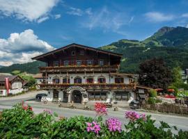 Kaiserhotel Neuwirt, hotel near Koglbahn, Oberndorf in Tirol