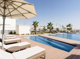 Radisson Dubai Damac Hills, hotel near Al Maktoum International Airport - DWC, Dubai
