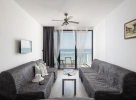 Dodo's Luxury Seaview Studios, отель рядом с аэропортом Аэропорт Салоники - SKG в городе Айя-Триас
