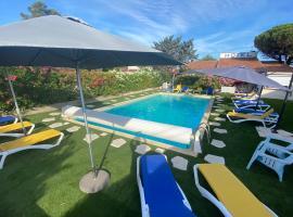 Hotel Des 4 Vents, hotel in Aigues-Mortes