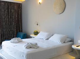 Demilmar Luxury Suites, hotel v destinaci Perissa