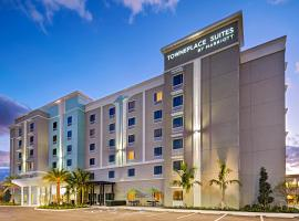 TownePlace Suites Naples, beach hotel in Naples