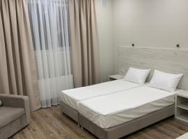 gostevoy_dom2, hotel with pools in Vityazevo