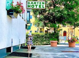 Gartenhotel Garni Pension B&B, hotel in Innsbruck