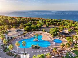 AP Adriana Beach Resort, resort in Albufeira