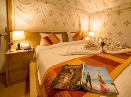The Desert Safari, campground in Jaisalmer