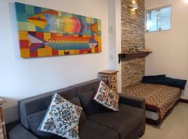 Loft a 50 metros da praia Geribá com wi fi, AC, apartment in Búzios