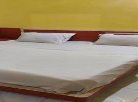 SPOT ON 73926 Hotel Anjanaa, hotel in Puri