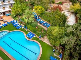 GHT Neptuno, hotel in Tossa de Mar