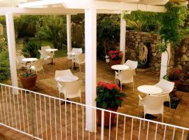 Hotel Villa Pimpina, hotel din Carloforte