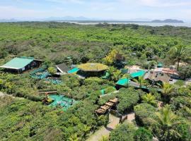 Grajagan Surf Resort, family hotel in Ilha do Mel