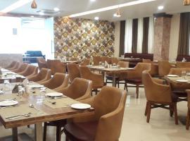 Dewdrop Yash Raj, hotel in Khagaria