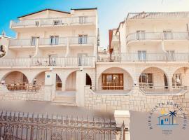 Buenavista Beach House Trogir, hotel in Trogir