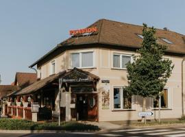 Korona Pension and Restaurant, hotel v destinaci Hévíz