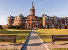 Slieve Donard Resort & Spa, golf hotel in Newcastle