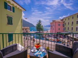 Dogana Best Lake View, apartment in Nago-Torbole