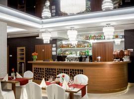 Hotel Miodowy Młyn – hotel w Opatowie