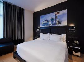 YOOMA Urban Lodge, hotel near Porte de Hal Museum, Brussels
