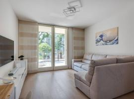 Easylife - Modern and Spacious apt in Fiera City Life, holiday home in Milan