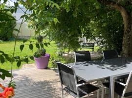 Berry séjours Déols 4 chambres, hotel near Chateauroux-Centre Airport - CHR,