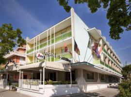 Hotel Bettina, отель в городе Лидо-ди-Езоло