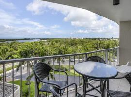 South Seas Island Breeze, beach hotel in Marco Island