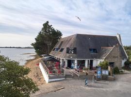 Hôtel Restaurant L'Escale d'en Arz, hôtel à l'Île-d'Arz