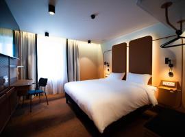 YOU Are Deauville, hotel near Promenade des Planches, Deauville