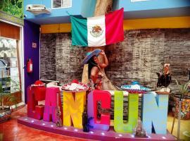 Hotel Zone lagoon room, hotel em Cancún