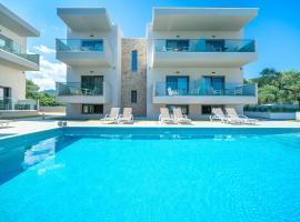 Aquamarine Luxury Rooms Thassos, hotel in Limenas