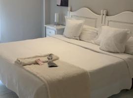 Hotel Boutique Albussanluis, hotel cerca de Playa del Portio, Muriedas