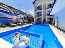 Blue Marlin Hotel, hotel in Gelendzhik