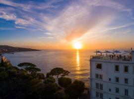Hotel Mediterraneo, hotell i Sant'Agnello