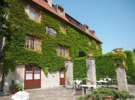 Kis Helikon Villa, hotel poblíž významného místa Budhistická stúpa, Hévíz