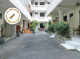 فندق سيتي غاردن بالي دويبا، فندق في كوتا
