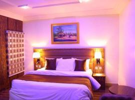 E-Suite Hotel, hótel í Abuja