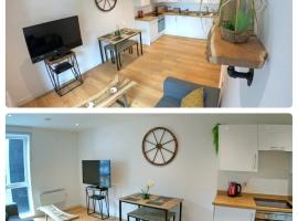 Perfect Apartment Near Manchester City Centre & Manchester Piccadilly Train Station, hotel in Manchester