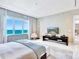 2 Bedroom Direct Ocean located at 1 Hotel & Homes Miami Beach -1618, apart-hotel em Miami Beach